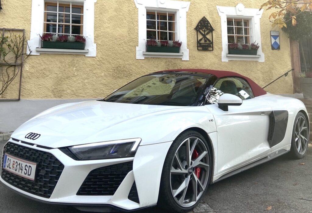 Audi R8 von vorne